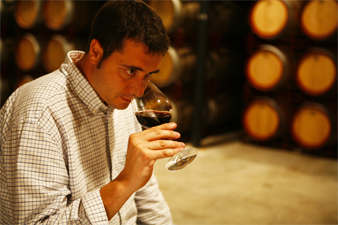 Diego Pinilla, Winemaker from Bodegas Bilbainas is one of the featured winemakers in the Wine Panel tasting